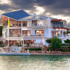 Las-Vegas-Lake-front-homes